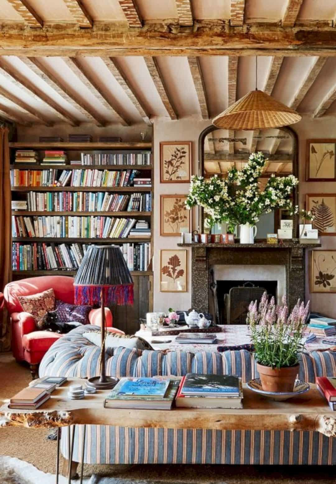 English Country Cottage | Country Homes and Manor Decor 1