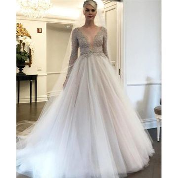 2018 Summer Wedding Dress Cap Sleeve V Neck Sequins Beaded Tulle Floor Length Vintage Bridal Gowns