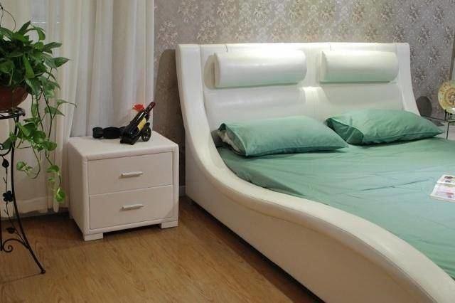 by J&M Furniture