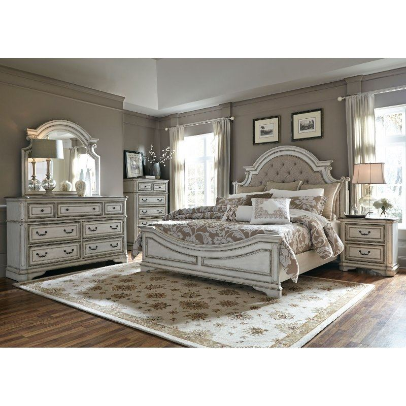 White furniture antique white bedroom Cottage Rustic White Bedroom Furniture Distressed Bedroom Furniture Sets Pretty Distressed White Bedroom Furniture