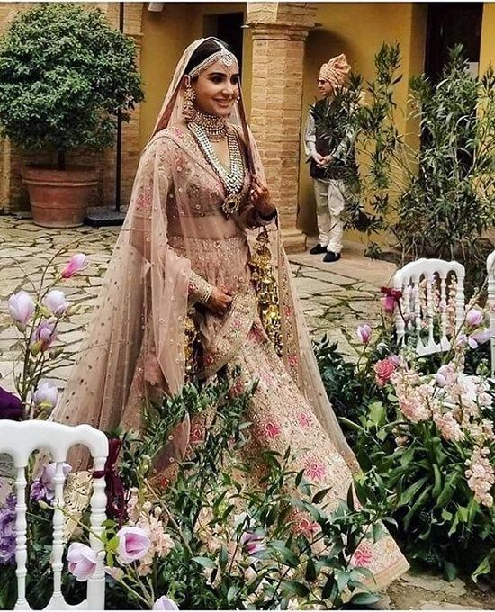 Plenty of brides out there are trying to recreate Anushka's pink wedding dress vision