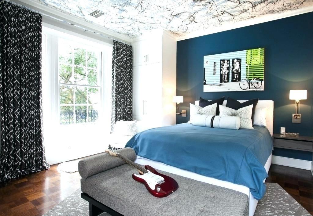 teenager black walls bedroom