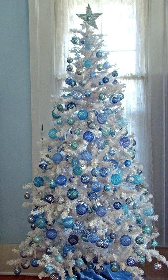 Unique Christmas Tree Decorating Ideas | inspiredbycharm