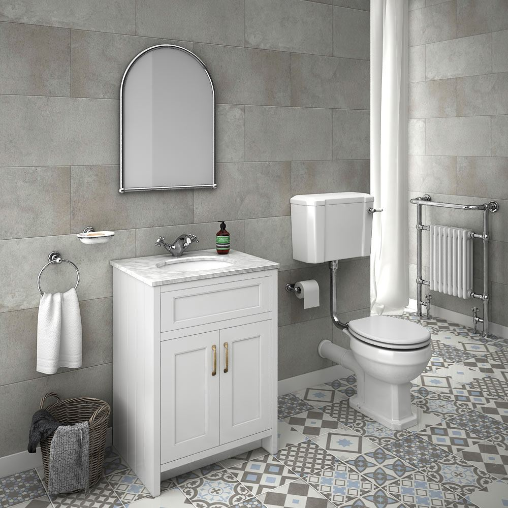 Big white wall tiles, big grey floor tiles