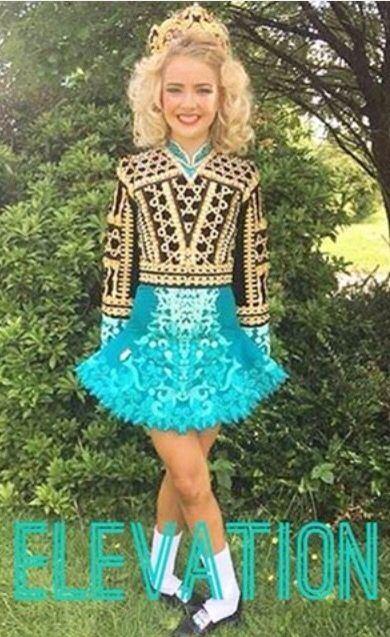 Irish; Beautiful Long Dress Design, Dress Designs, Steps Dresses, Long  Dresses, Costume Irlandaise