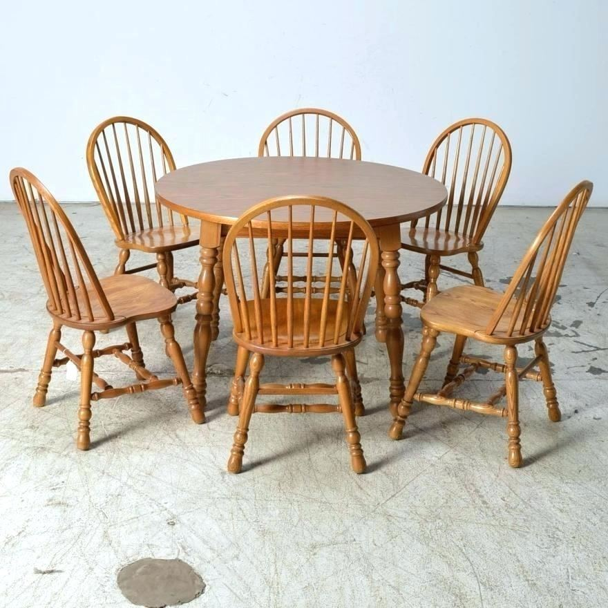 cochrane table and chairs dining room furniture furniture dining table dining room furniture oak country oak