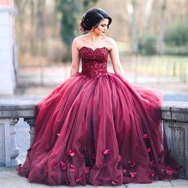 Dark red stunning sweetheart vera wang style simple fit and flare sweeping train wedding dresses TB