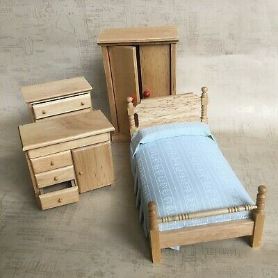 1/12 Scale Dollhouse Bedroom Furniture Dressing Table and Stool Set Doll  House Decor Dolls Acce