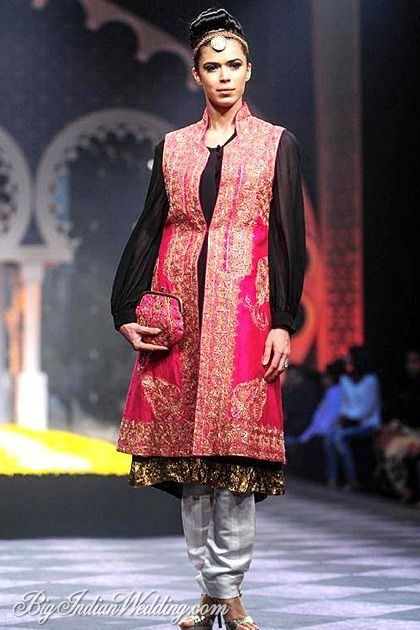 Amrita Thakur makes Indian Wear that's easy to wear and yet quite festive