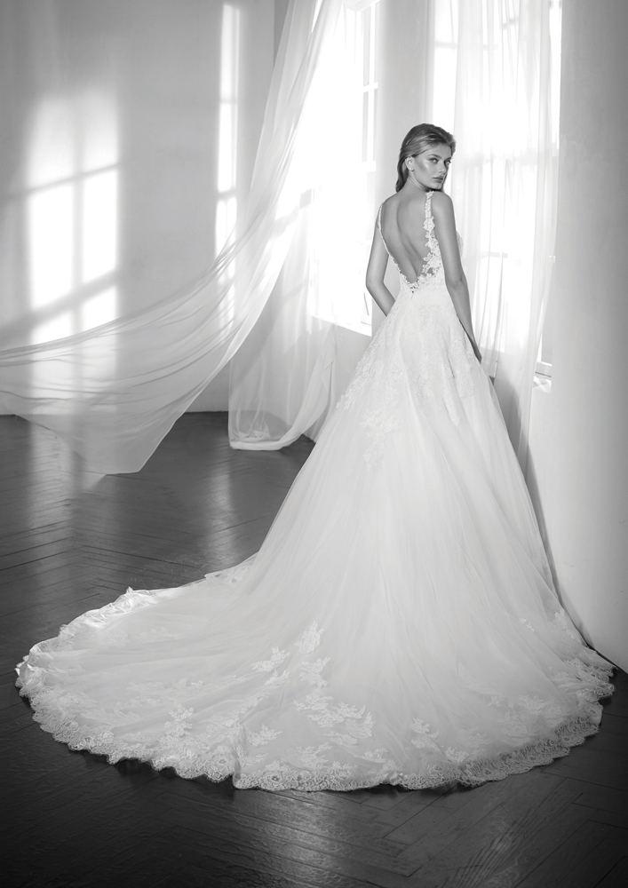 Elody victorian wedding gown