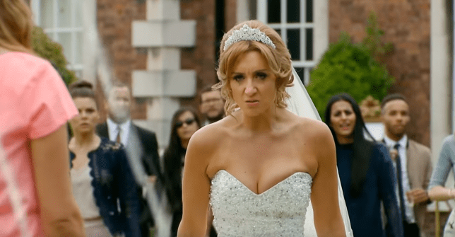 Summer Roberts looked effortless when she married on the O