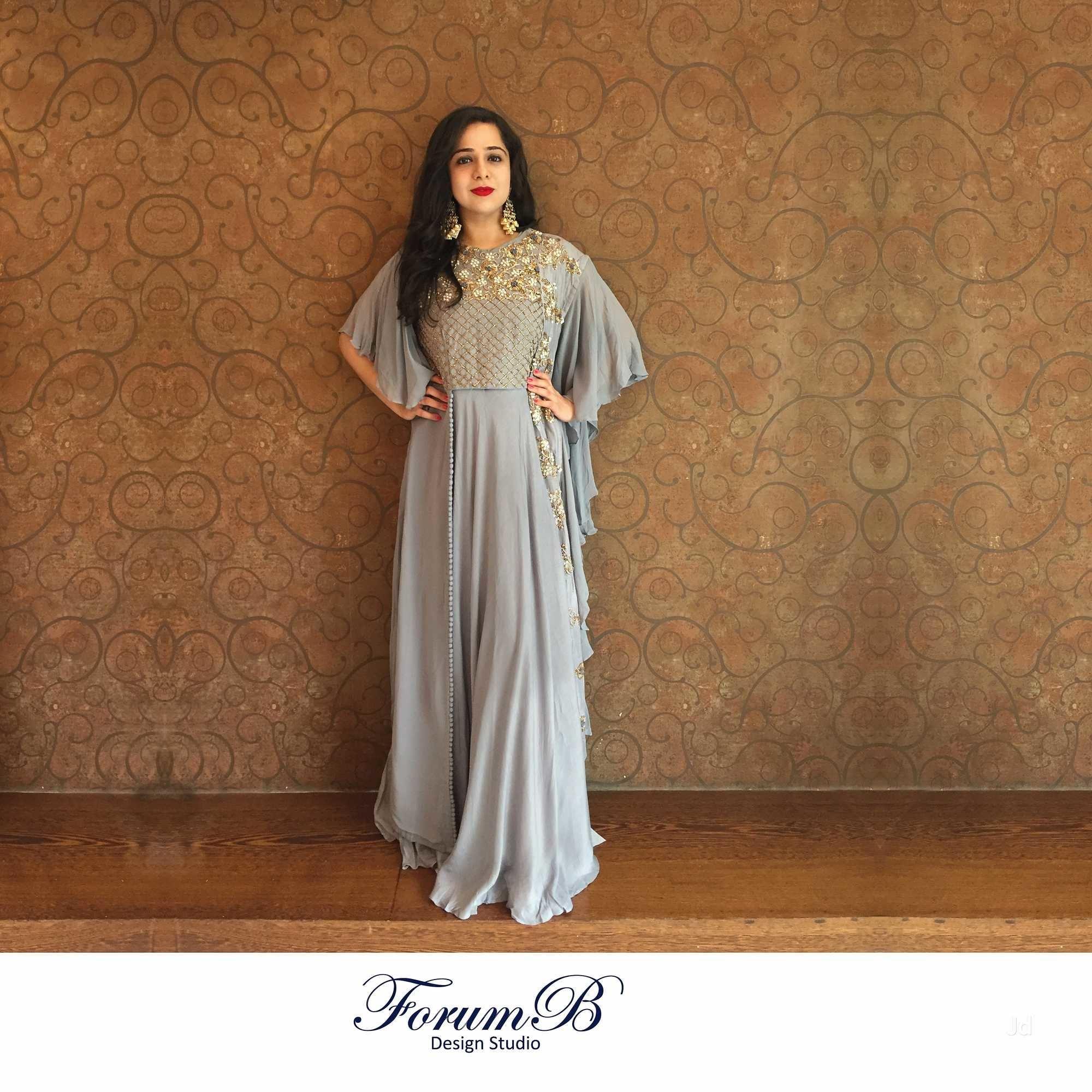 Bridal Jewellery on rent and other bridal wear like Chaniya Choli and  Designer Sarees