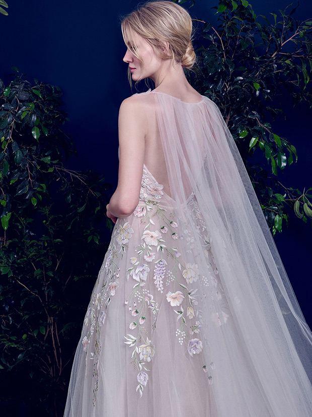 Pronovias Primadona Wedding Dress