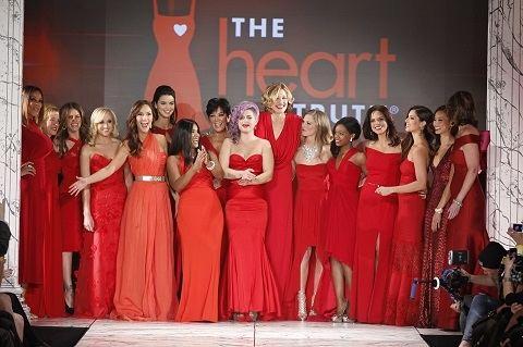 Neueste Neue 2018 Fashion Designer Runway Sommerkleid frauen Drei Viertel Casual Love Heart Floral Bedruckte Eleganten