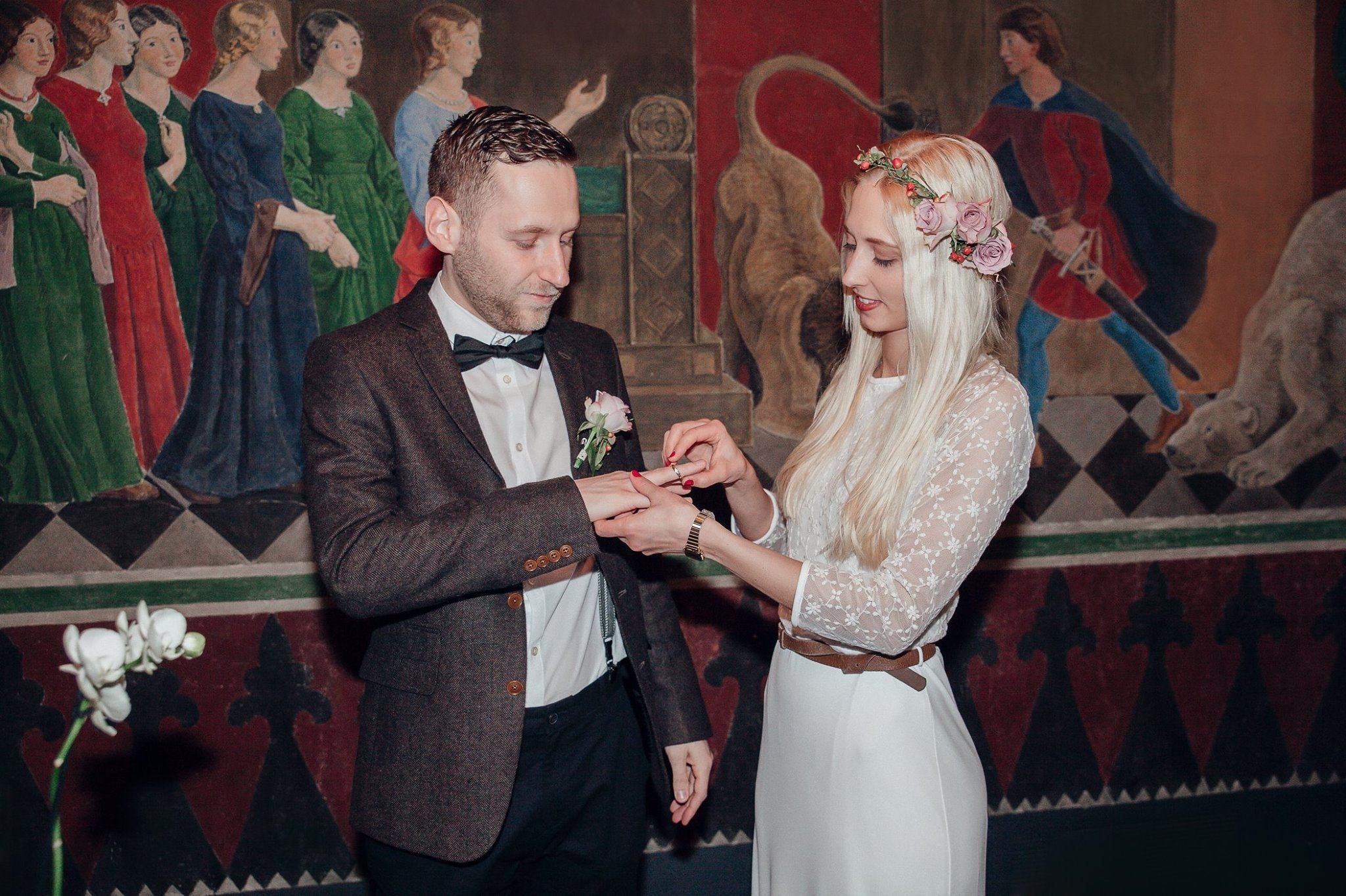 #Enlight #wedding #dress #bride #groom #church #beautiful day #bruden  #brudgom #bryllup #copenhagen #denmark #iphoto #inspire #inspired  #international