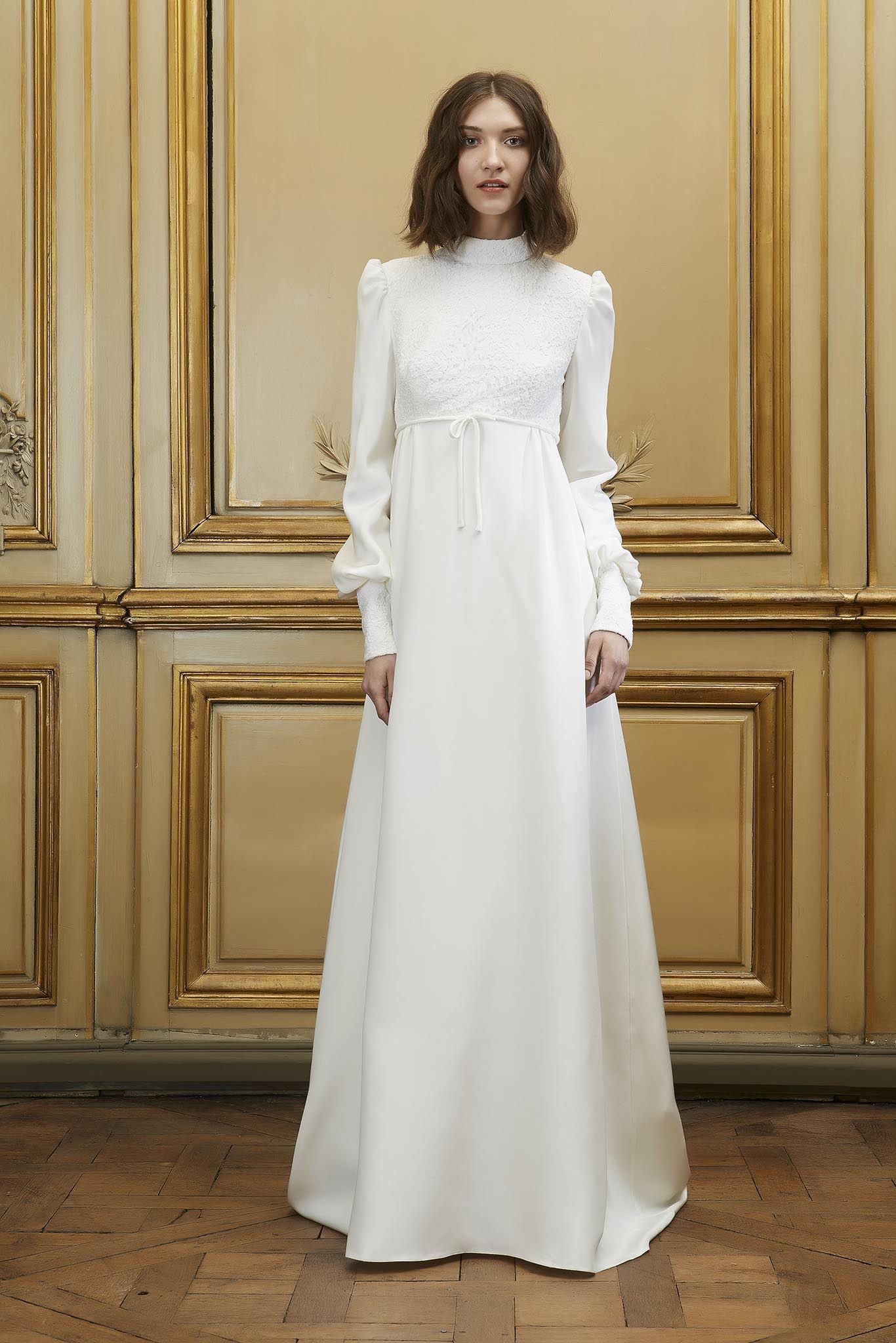 Wedding Dress – Open back Sleeveless High Waist