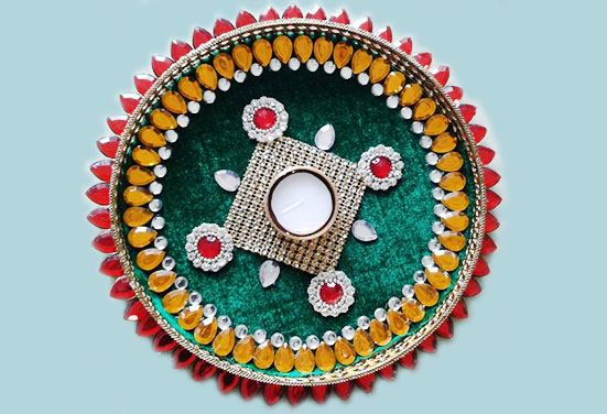 Discover beautiful Navratri aarti thali decoration ideas