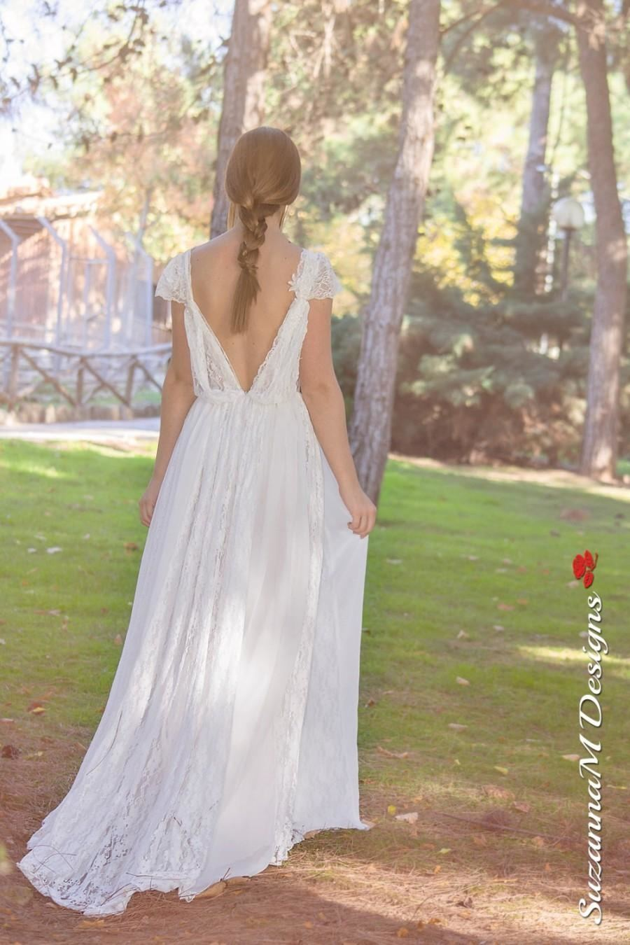 Discount Charming Lussano Beach Bohemian Wedding Dresses Off Shoulder Tulle  Lace Up Boho Bridal Gowns Tulle Sweep Train Wedding Dress Custom A Line  Dress