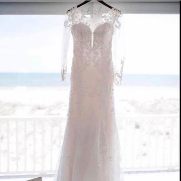 Justin Alexander Sand/Nude Sweetheart By 6169 Traditional Wedding Dress  Size 12 (L)