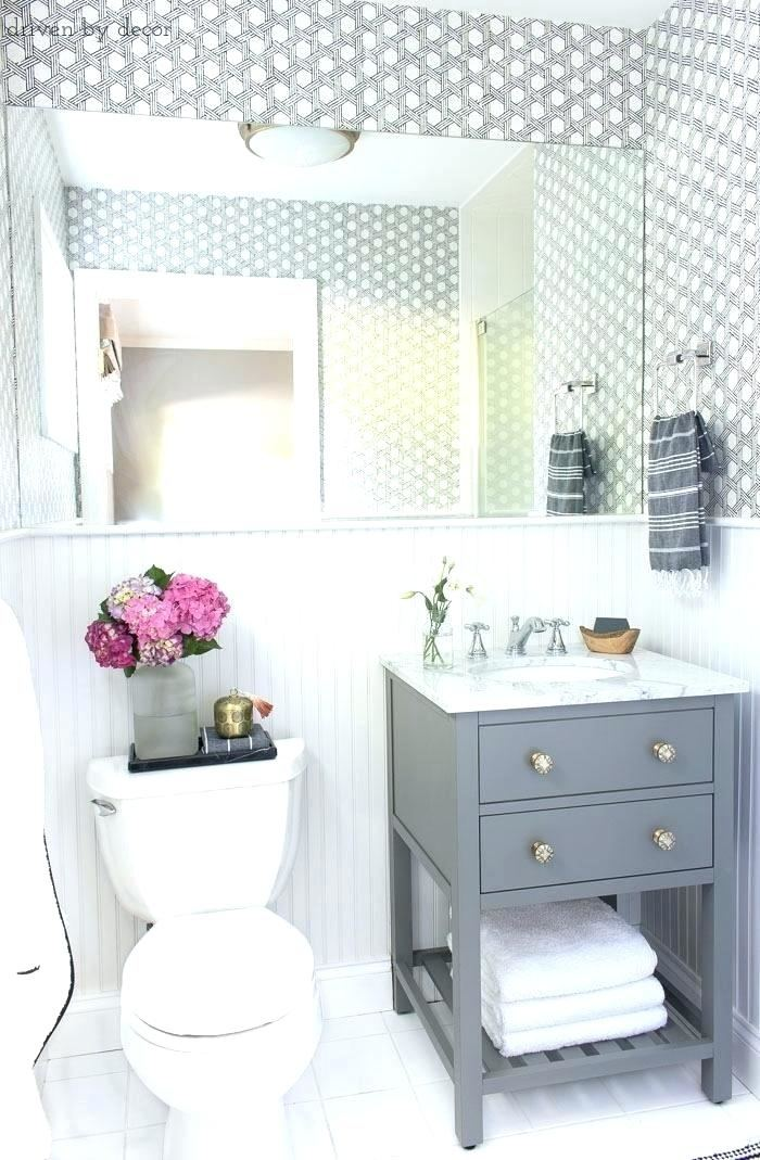 Small bathrooms can be a design and  decorating