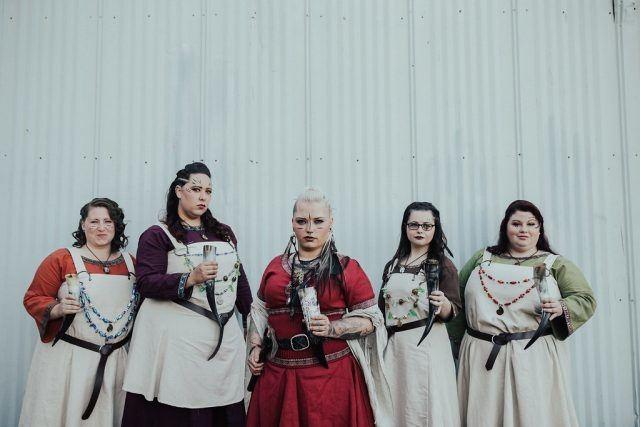 Swarovski Heiresss Wedding Dress Sends Internet Into Meltdown The In Conjunction With Viking Wedding Sets