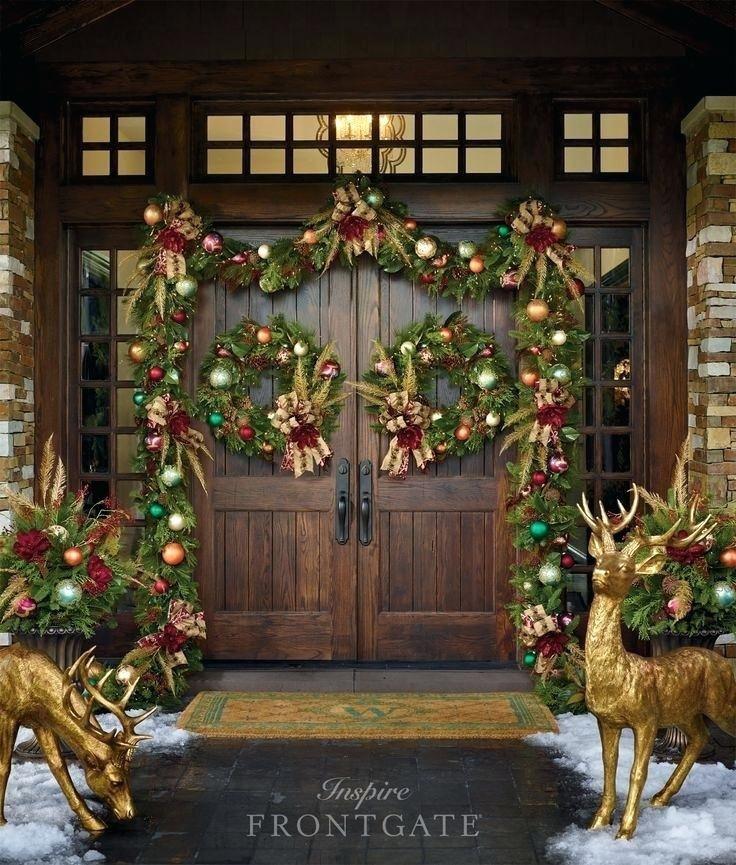 Exterior Elegant Traditional Christmas Decorating Ideas