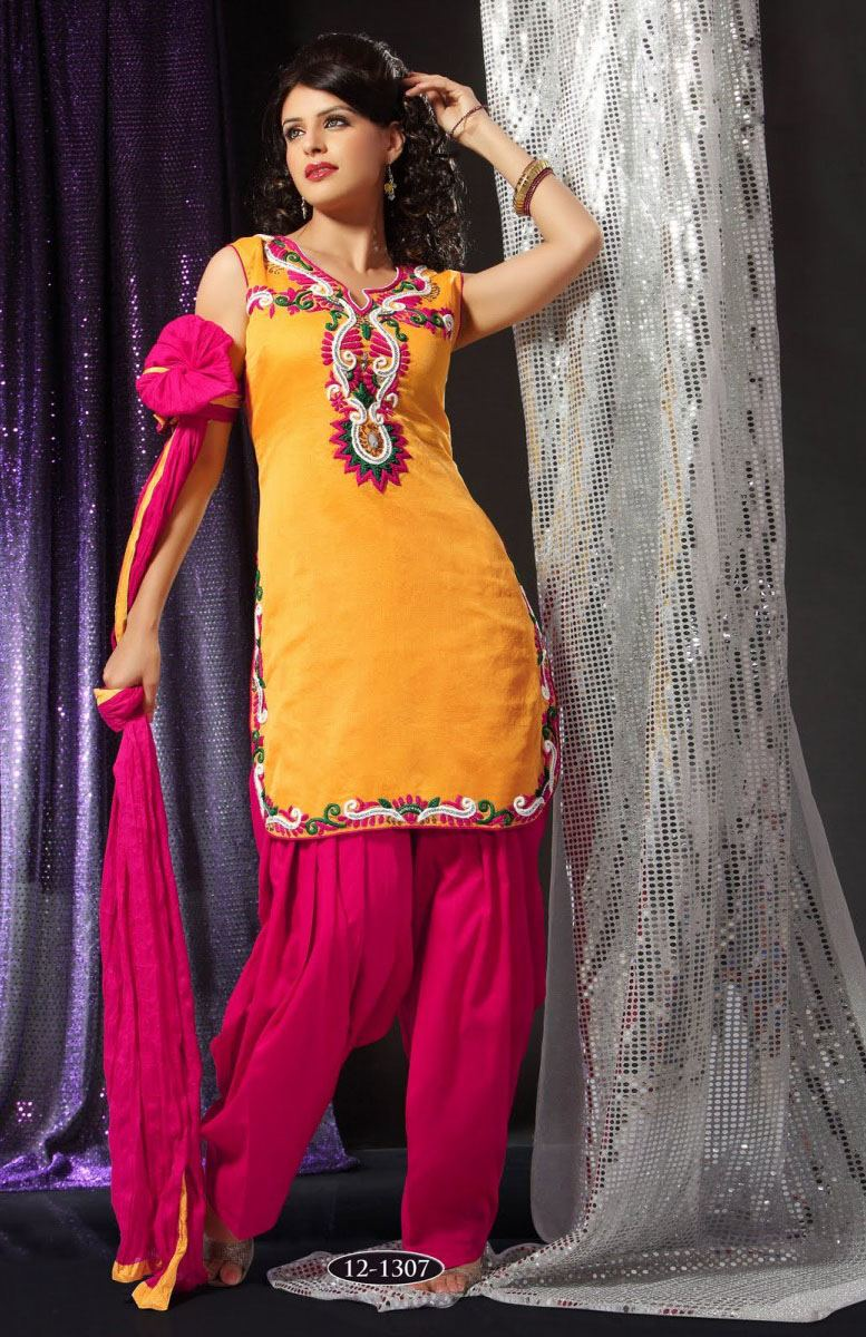 Well this post is for internet users who are looking for latest dress  designs in Pakistan on Eid 2012
