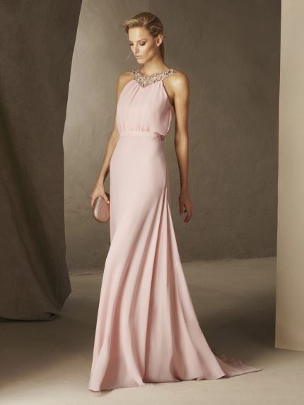 A Line Designer Prom Dresses Spaghetti Straps Lace Appliques Sexy Backless Long Evening Dresses Formal Cocktail Party Gowns Cheap Long White Prom Dress Low