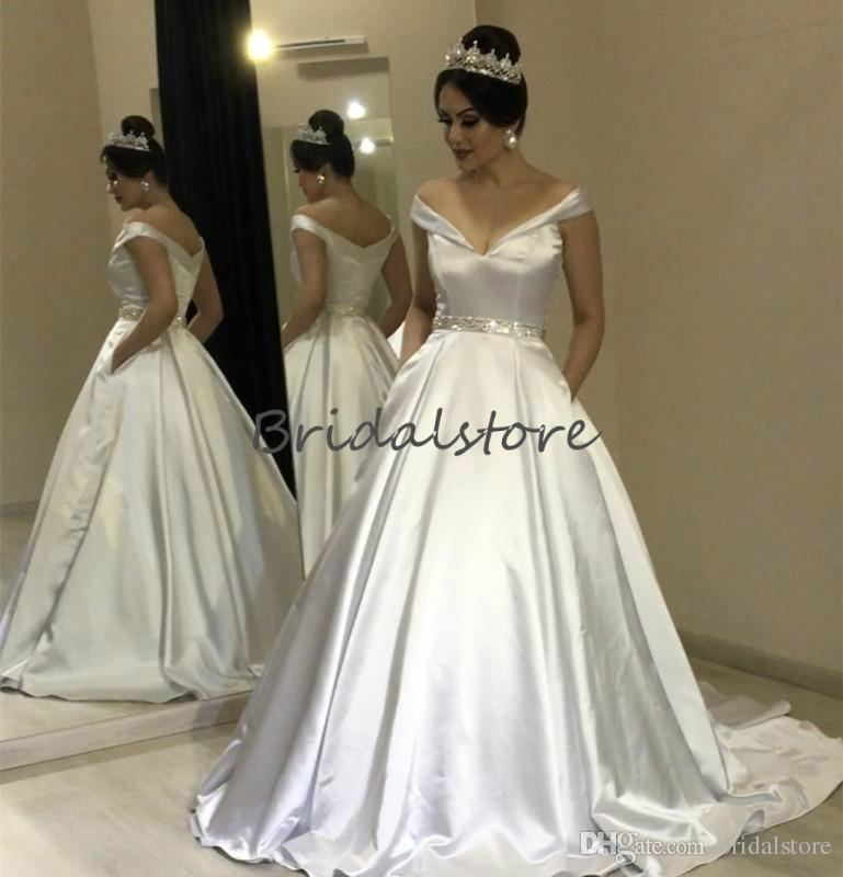 Discount 2018 Simple Ivory Country Wedding Dresses V Neck 3/4 Long Sleeve  Sweep Train Pockets Appliques Garden Church Bridal Gowns Vestido De Novia