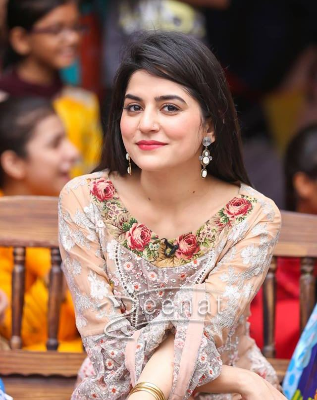 Sanam Baloch wearing emerald green wrap by Afsheen Mehboob ! Celebrity, Designer  Dresses