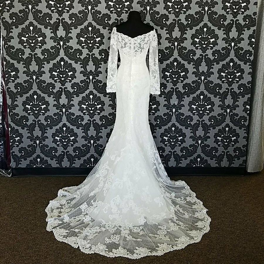 MORI LEE 6835 Pearl And Crystal Beaded Fit And Flare Wedding Dress Size 12