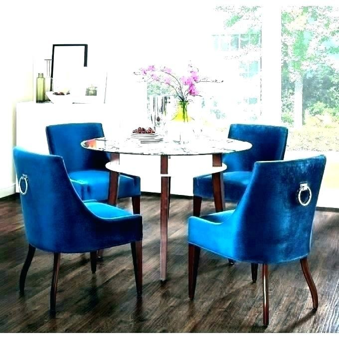 Luckily my blue chairs look great with the table as well