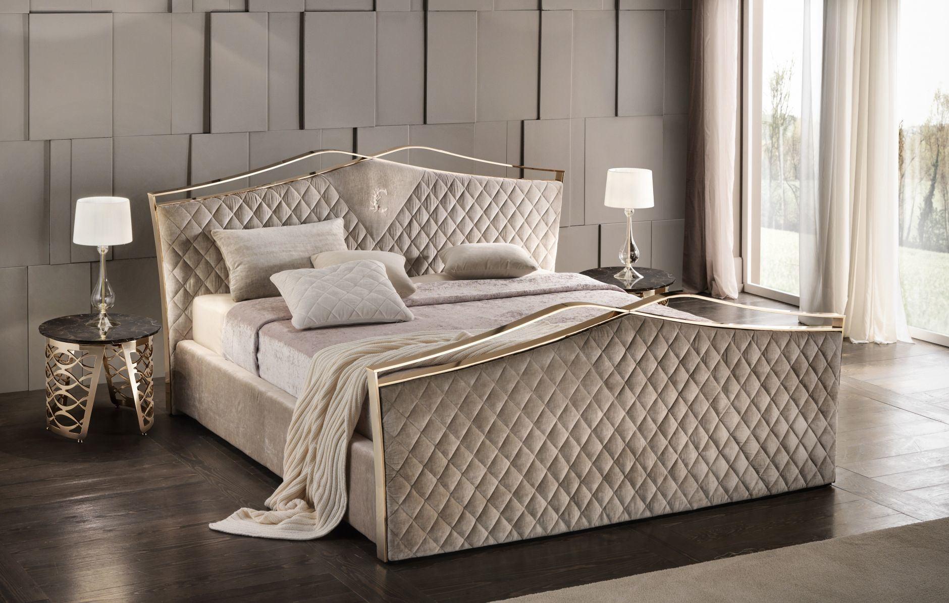 China Good Quality Classic Sofa Supplier