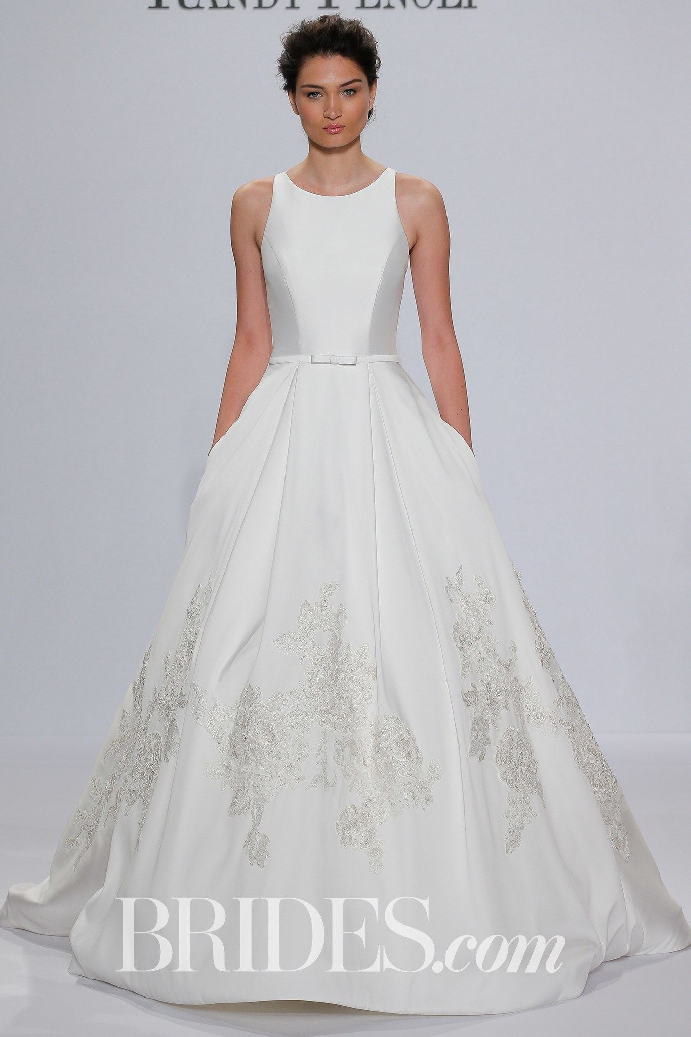 to try on many more wedding dresses from our bridal designer Willowby by Watters, Essence of Australia and Justin Alexander